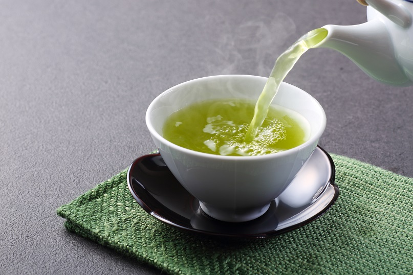 green tea and healthy skin