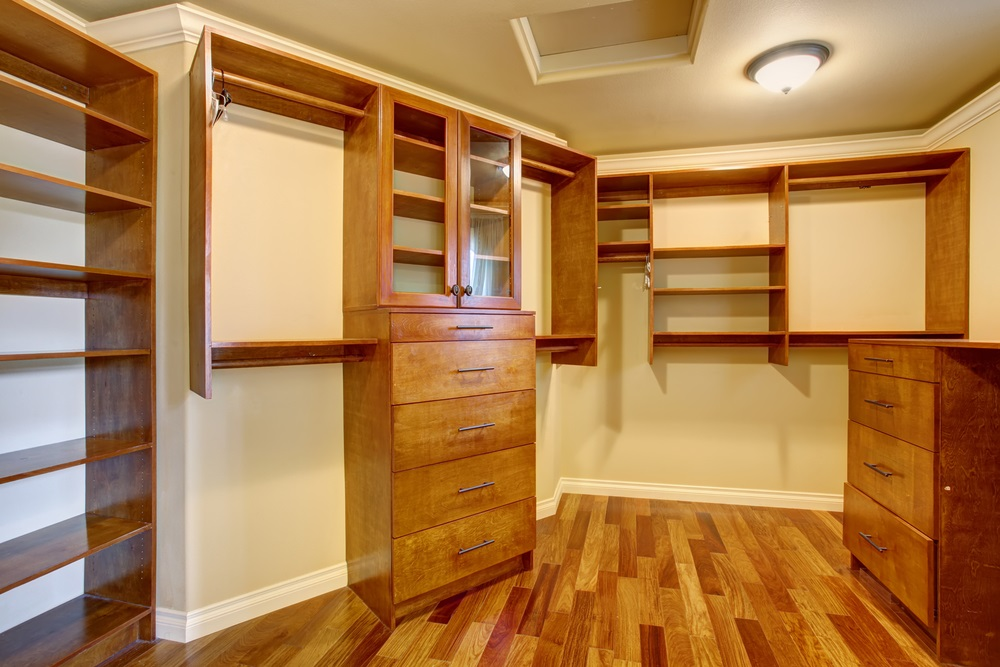Best Closet Staging Tips