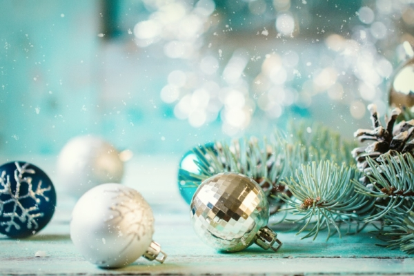Christmas Decorating Safety Tips