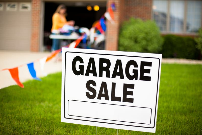 sign saying garage sale